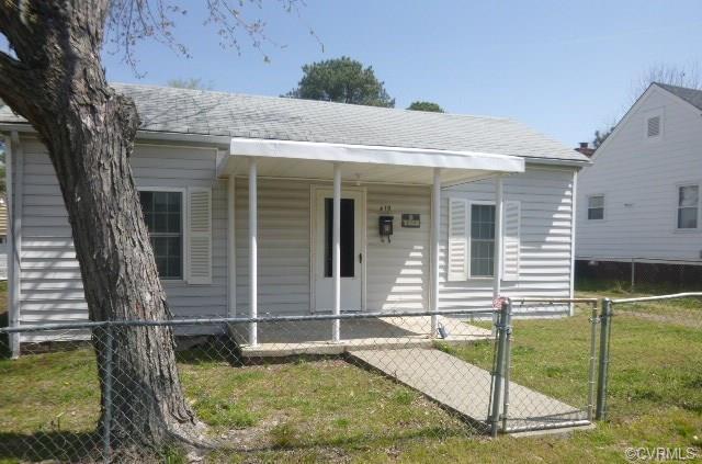 419 Beech Street, Petersburg, VA 23803 (MLS #1812070) :: RE/MAX Action Real Estate