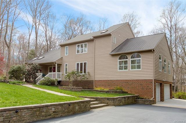 3200 Middlewood Place, Midlothian, VA 23113 (#1812074) :: Abbitt Realty Co.