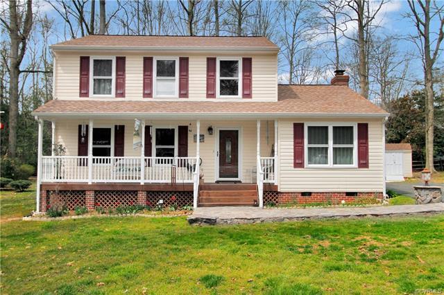 13002 Tall Hickory Court, Midlothian, VA 23112 (MLS #1812169) :: Chantel Ray Real Estate
