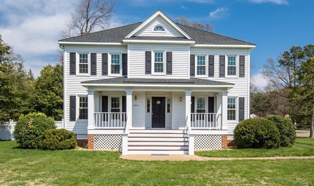 9244 Royal Grant Drive, Mechanicsville, VA 23116 (MLS #1812939) :: Chantel Ray Real Estate