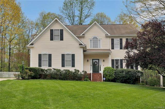 7707 Hampton Summit Place, Midlothian, VA 23832 (MLS #1813793) :: RE/MAX Action Real Estate
