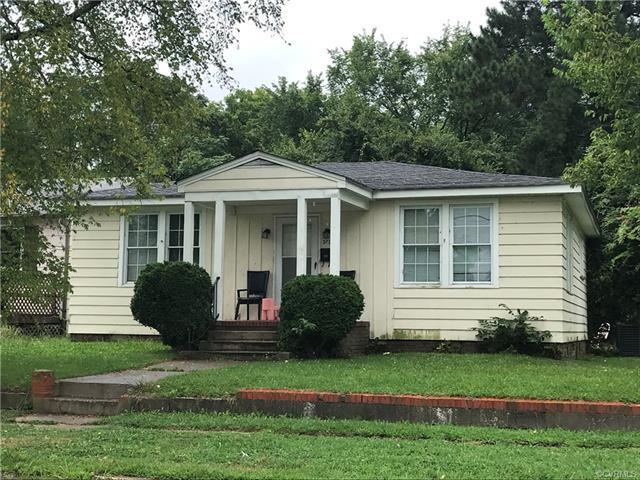 302 Elm Street, Petersburg, VA 23803 (MLS #1813817) :: RE/MAX Action Real Estate