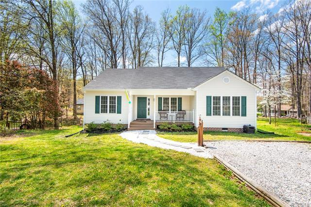 2824 Iverson Road, Midlothian, VA 23112 (MLS #1813857) :: EXIT First Realty