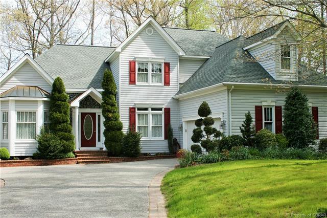 25 Riverboat Lane, Hartfield, VA 23071 (MLS #1814344) :: RE/MAX Action Real Estate