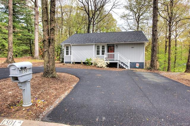 1501 Porters Mill Road, Midlothian, VA 23114 (MLS #1814466) :: RE/MAX Action Real Estate