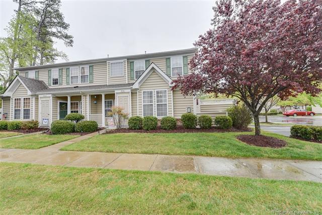 214 Ellis Drive, Yorktown, VA 23692 (MLS #1814735) :: Chantel Ray Real Estate