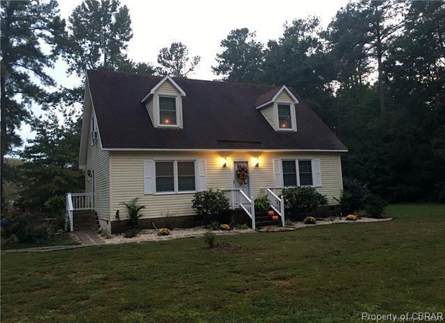 55 Idyll Acres Road, Cobbs Creek, VA 23035 (MLS #1814823) :: Chantel Ray Real Estate