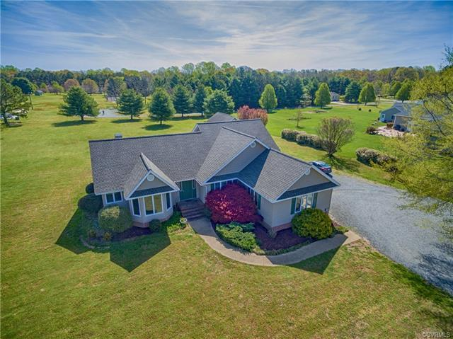 325 Healey Cove Drive, Hardyville, VA 23070 (MLS #1815187) :: RE/MAX Action Real Estate