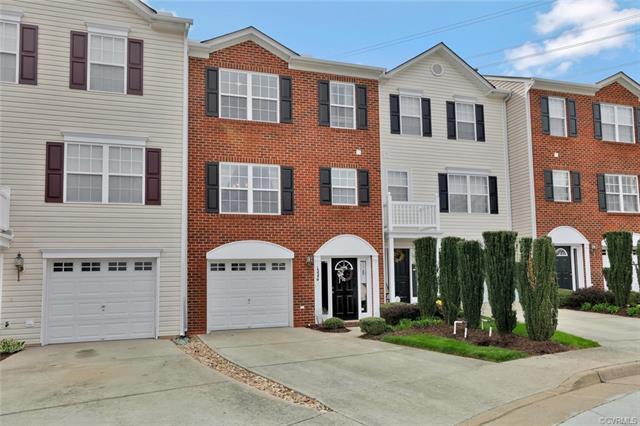 13549 Ridgemoor Drive #13549, Midlothian, VA 23114 (MLS #1815230) :: RE/MAX Action Real Estate