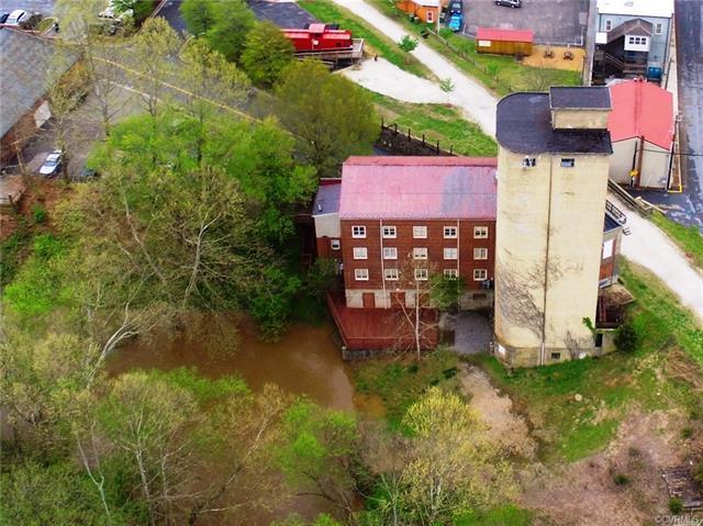 One Mill Street, Farmville, VA 23901 (MLS #1815385) :: The Ryan Sanford Team