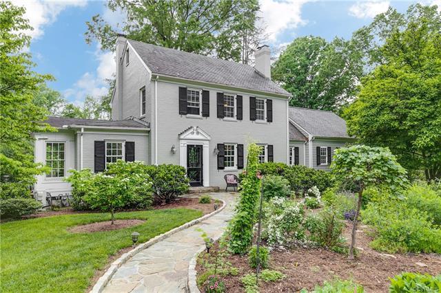 25 Twin Lake Lane, Henrico, VA 23229 (MLS #1815921) :: Small & Associates