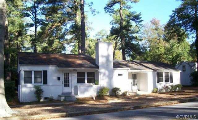 1867 Coggin Street, Petersburg, VA 23805 (#1816983) :: Abbitt Realty Co.