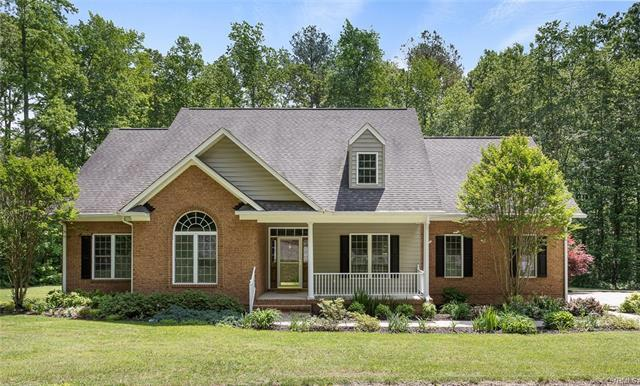 16275 Hennessy Way, Montpelier, VA 23192 (#1817352) :: Resh Realty Group