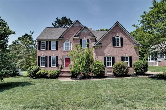 4024 Colonial Crescent, Williamsburg, VA 23188 (MLS #1817683) :: The Ryan Sanford Team