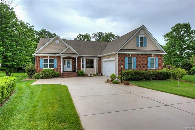 9337 Mission Hills Lane, Chesterfield, VA 23832 (MLS #1817764) :: Explore Realty Group
