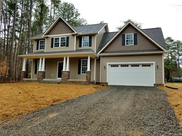 303 Senate Drive, Ruther Glen, VA 22546 (#1818354) :: Abbitt Realty Co.