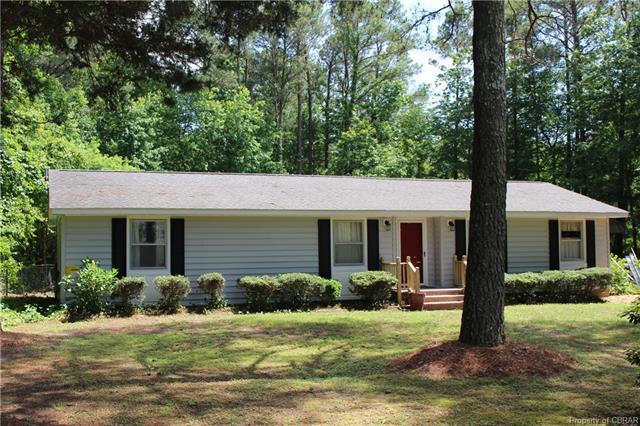 8328 Little England Road, Hayes, VA 23072 (#1818725) :: Abbitt Realty Co.
