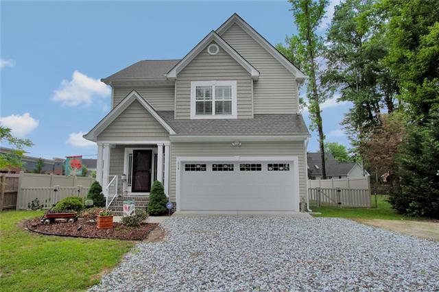 214 Randolph Circle, Ashland, VA 23005 (MLS #1819206) :: Small & Associates