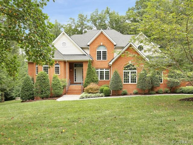 8137 Seaview Drive, Chesterfield, VA 23838 (MLS #1820873) :: Explore Realty Group