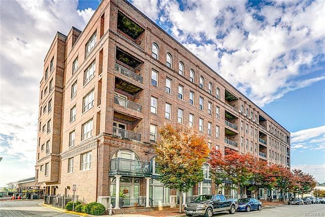 4820 Old Main Street #409, Henrico, VA 23231 (MLS #1821163) :: Chantel Ray Real Estate