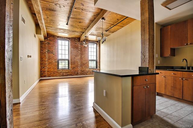 251 Rocketts Way #504, Henrico, VA 23231 (MLS #1821217) :: RE/MAX Action Real Estate