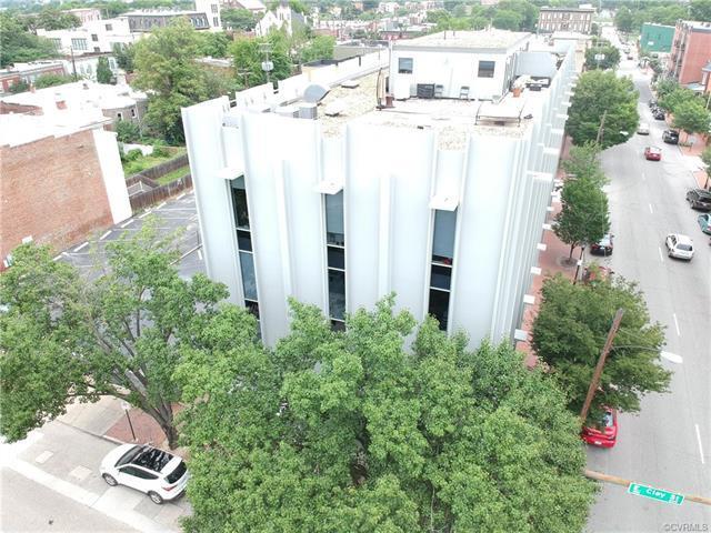 112 E Clay Street 4D, Richmond, VA 23219 (MLS #1821333) :: Small & Associates