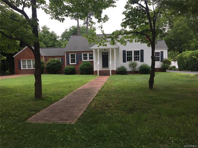 415 Park Avenue, Hopewell, VA 23860 (MLS #1821509) :: Chantel Ray Real Estate