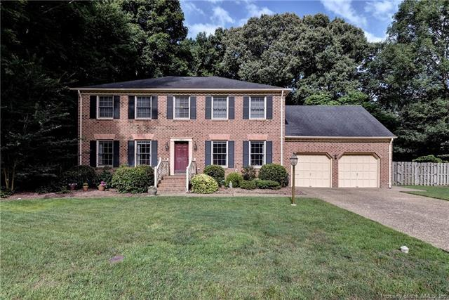 102 Tuckahoe Trace, Yorktown, VA 23693 (MLS #1821891) :: Chantel Ray Real Estate