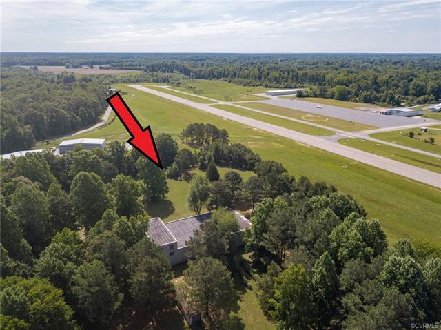 7151 Airport Road, Quinton, VA 23141 (MLS #1822008) :: The Ryan Sanford Team