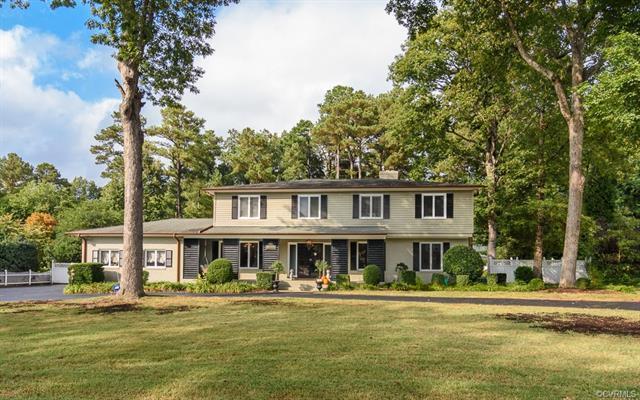 8904 Tarrytown Drive, Richmond, VA 23229 (#1822208) :: Abbitt Realty Co.