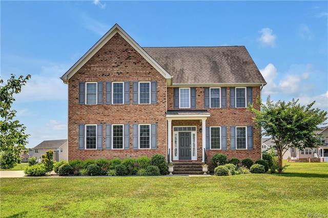 1607 White Mountain Drive, Chester, VA 23836 (MLS #1822214) :: Explore Realty Group