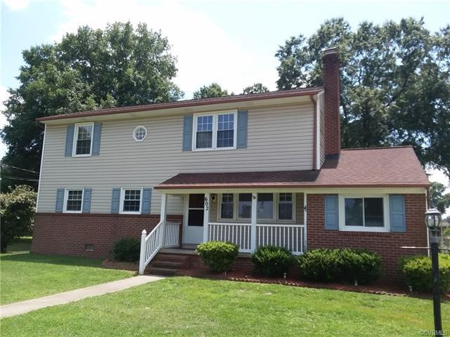 602 Terrace Avenue, Hopewell, VA 23860 (#1822295) :: Abbitt Realty Co.