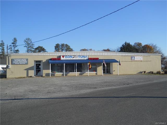 429 Dock Street, Tappahannock, VA 22560 (MLS #1822482) :: RE/MAX Action Real Estate