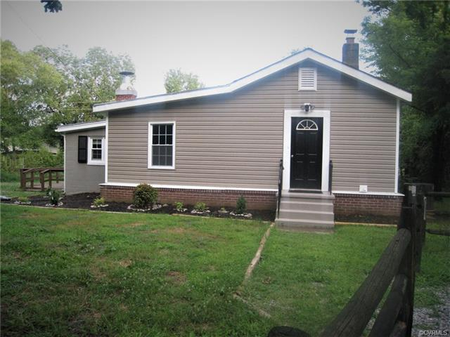 710 Clayville Rd, Powhatan, VA 23139 (MLS #1822593) :: EXIT First Realty