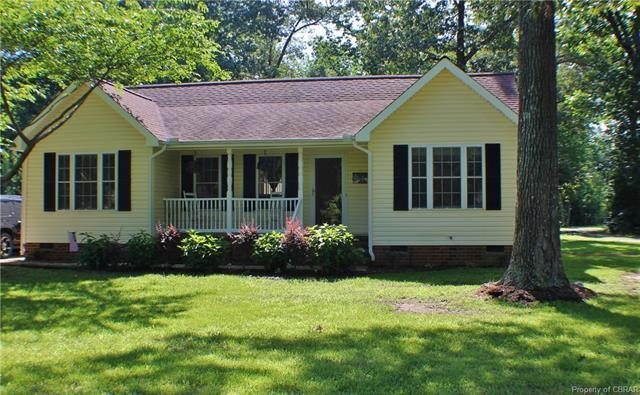 229 Providence Road, Deltaville, VA 23043 (#1822859) :: Abbitt Realty Co.