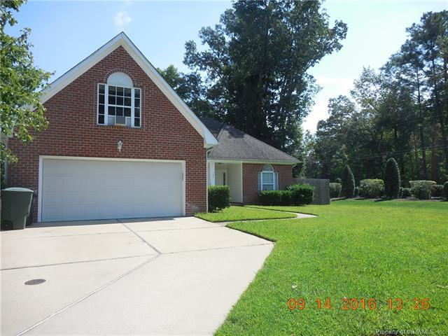 100 Robin Hood Drive, Yorktown, VA 23693 (#1823254) :: Resh Realty Group