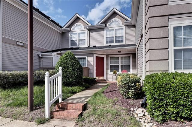 1402 Queens Crossing #1402, Williamsburg, VA 23185 (MLS #1823496) :: The RVA Group Realty