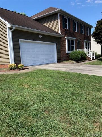 1325 Riveroaks Drive, Colonial Heights, VA 23834 (MLS #1823854) :: Explore Realty Group