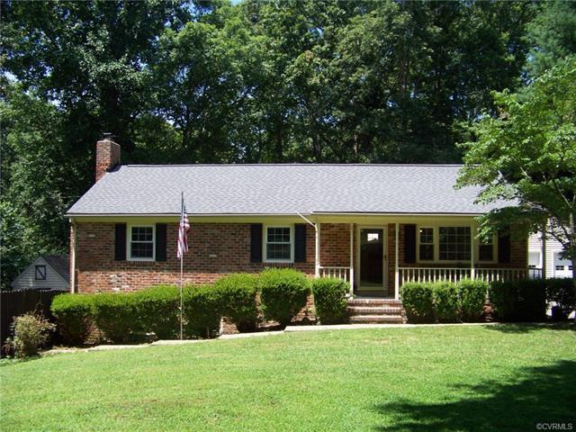5230 Claridge Drive, Chesterfield, VA 23832 (MLS #1823897) :: Explore Realty Group