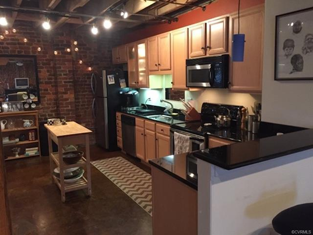 2511 Mule Barn Alley C, Richmond, VA 23220 (MLS #1824673) :: RE/MAX Commonwealth