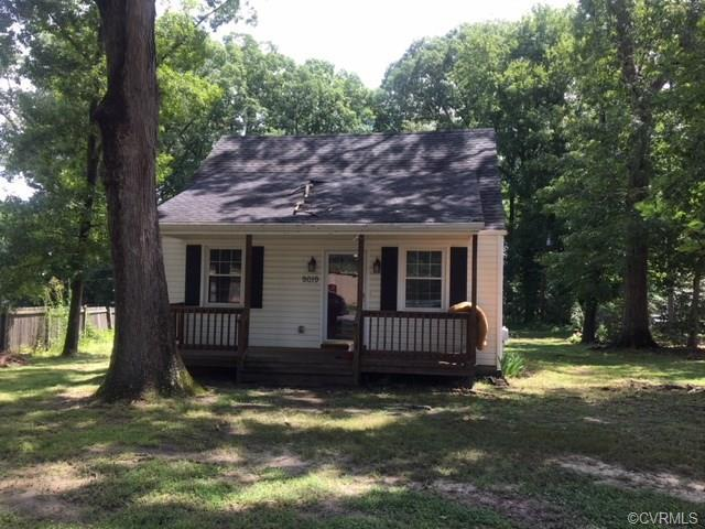 9019 Quinnford Boulevard, North Chesterfield, VA 23237 (MLS #1824714) :: The RVA Group Realty