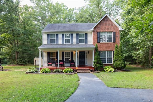 17030 Courtney Road, Hanover, VA 23069 (MLS #1824734) :: The RVA Group Realty