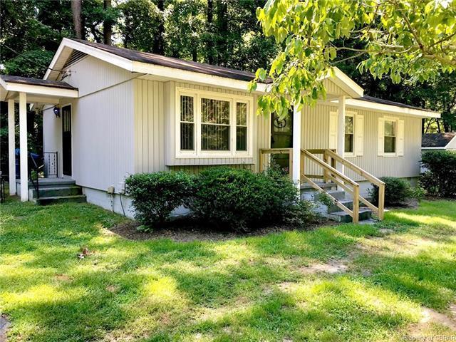 1331 Coachpoint Road, Hartfield, VA 23071 (#1824880) :: Abbitt Realty Co.