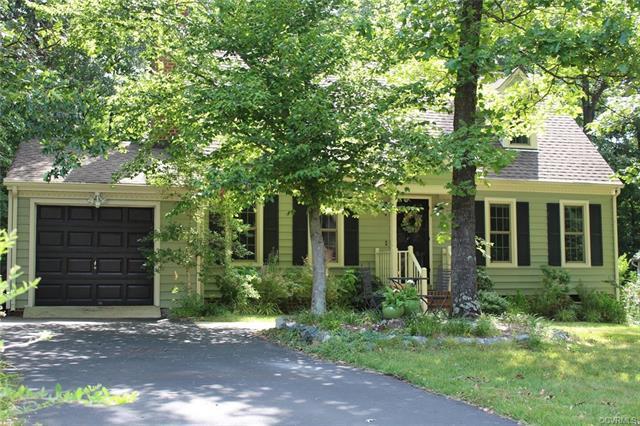 2409 Sunset Hills Terrace, Richmond, VA 23236 (#1824924) :: Resh Realty Group