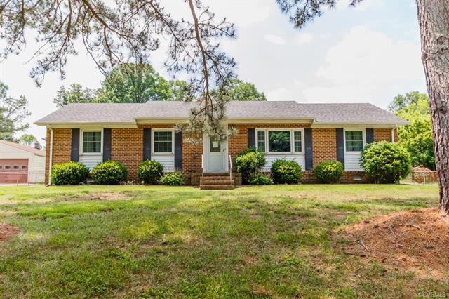 7241 Pegway Lane, Mechanicsville, VA 23111 (MLS #1825120) :: Chantel Ray Real Estate