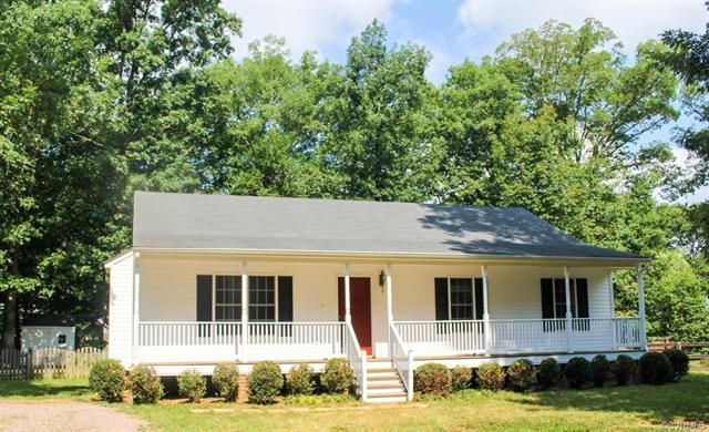 422 N James Street, Ashland, VA 23005 (#1825145) :: Resh Realty Group