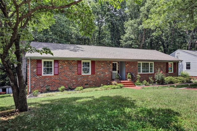 2250 Greenfield Drive, Midlothian, VA 23235 (MLS #1825470) :: The RVA Group Realty