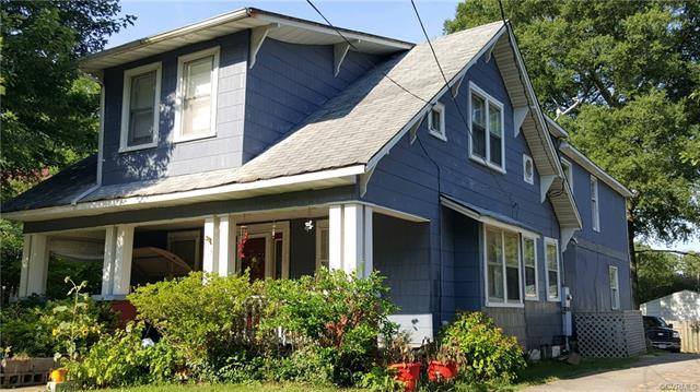 913 Hamilton Avenue, Colonial Heights, VA 23834 (MLS #1825531) :: Chantel Ray Real Estate