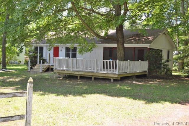 190 Barnstable Road, Reedville, VA 22539 (MLS #1825541) :: Explore Realty Group