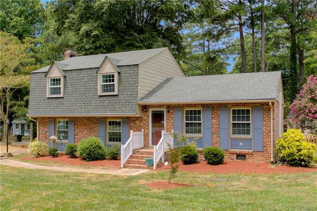 200 Chessington Road, North Chesterfield, VA 23236 (MLS #1825648) :: RE/MAX Action Real Estate